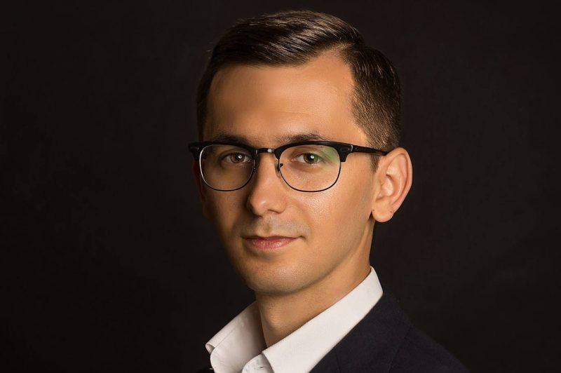 Pavel Popescu, deputat, secretar al Comisiei pentru tehnologia informaţiei şi comunicaţiilor: Trebuie să vedem ce poate face România pentru Europa din punct de vedere al securităţii cibernetice, pentru că avem experţi în domeniu şi o conexiune bună